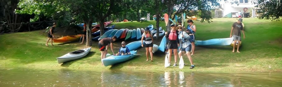 Wenderholm Beach kayaks and stand-up paddleboards hire